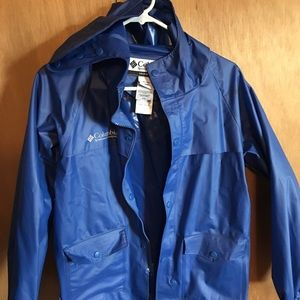Columbia Youth Raincoat Large. Blue